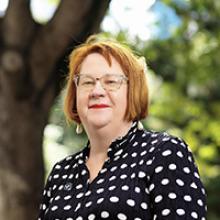 Dr Ellie Chapple